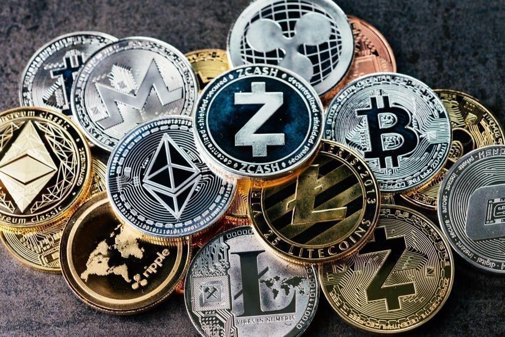 Kriptovaliutos daug